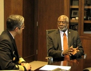 U.S. Surgeon General Vivek H. Murthy (left) meets with former Surgeon General David Satcher (right).