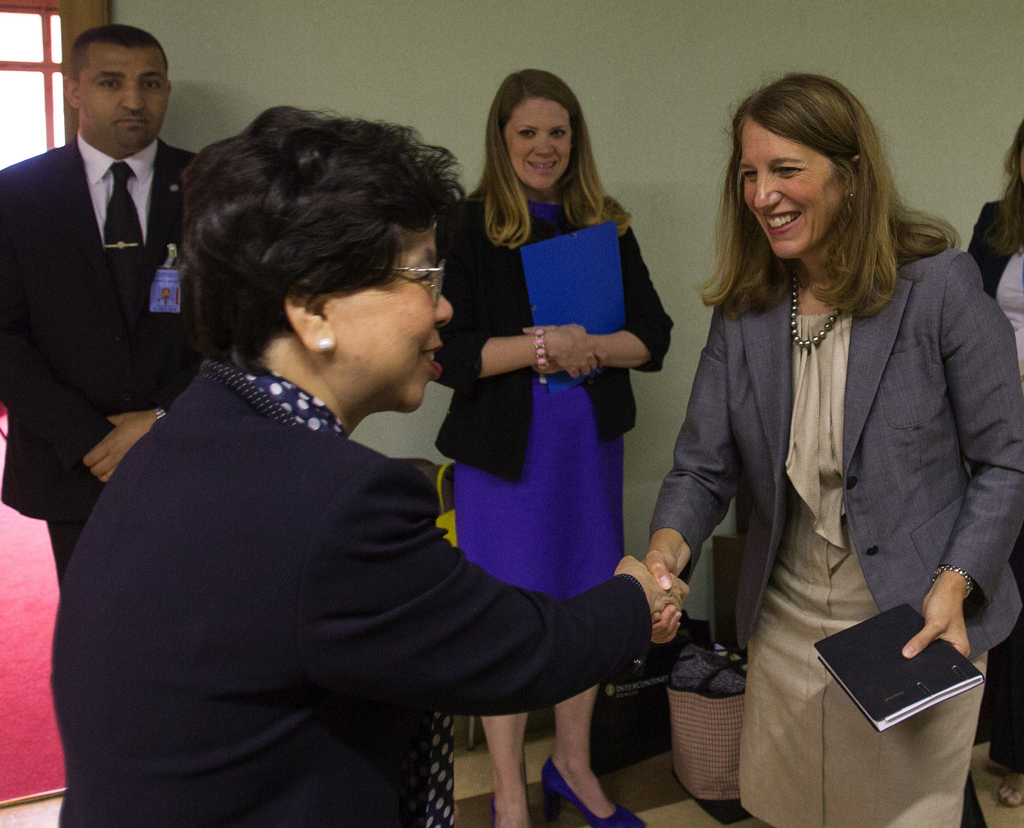 Secretary Burwell attends a World Health Assembly bilateral meeting with World Health Organization (WHO) Director-General, Dr. Margaret Chan.